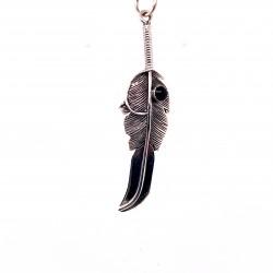 Přívěsek  stříbrný  - Pírko s onyxem