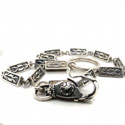 Řetízek - Klíčenka  stříbrná  -trojúhelník ornament